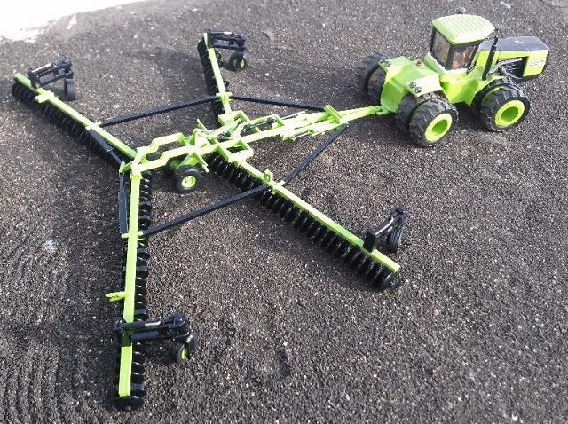Custom Implements By Jacob Larson Tractorfab Com